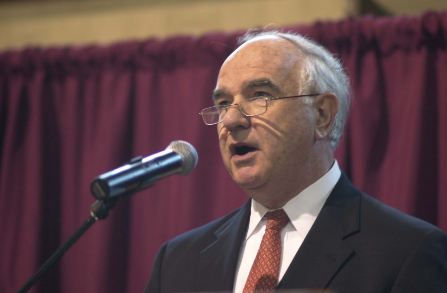 John Degnan served as the Master of Ceremonies at the Saint Benedict's Dinner in 2005. He is a member of the Board of Trustees.