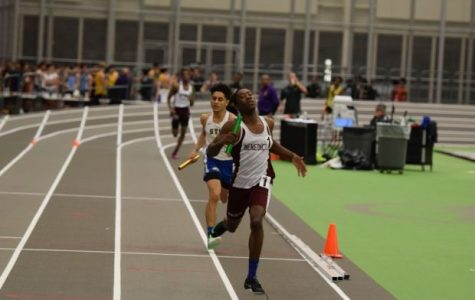 UDII Kaylan Depas kicking the last 50-meters of the 4x400m relay leading the Gray Bees to victory.
