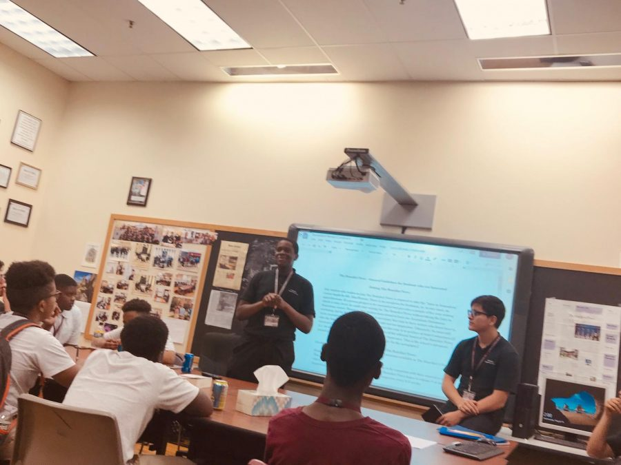 (From left) Benedict News Editors-in-chief Jonathan Dulce and Kevin Calle run a Staff Orientation Session for freshmen and transfers as part of a series of planning meetings they scheduled this fall.