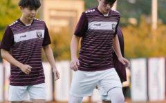 Varsity Soccer team ties 2-2 against St. Ignatius