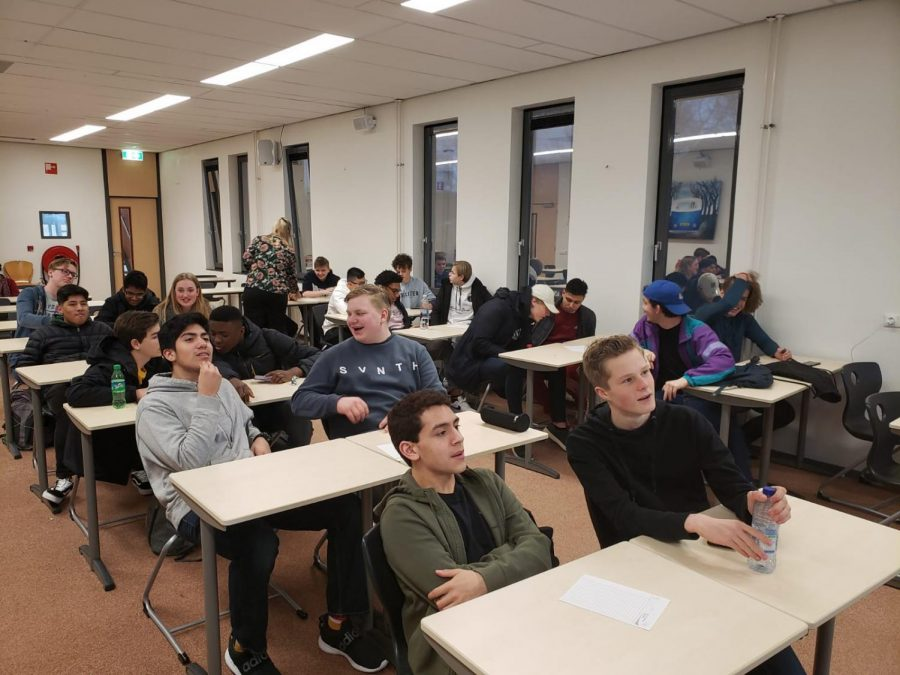 SBP students join their hosts in a Netherlands exchange program at the Jac. P. Thijsse School in Castricum, The Netherlands.